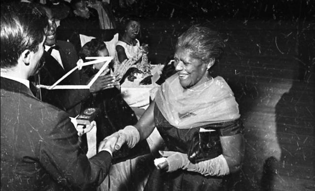 Laudelina de Campos Mello no Baile da Pérola Negra - Campinas 1957 (Foto: Arquivo Pessoal de Glória Boardi)