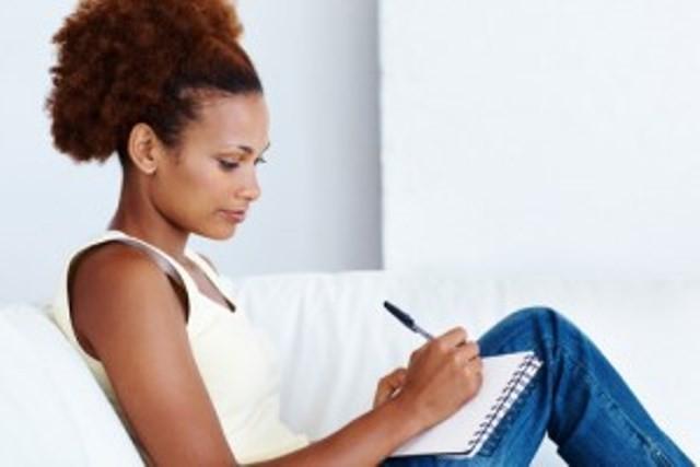 negro escrevendo