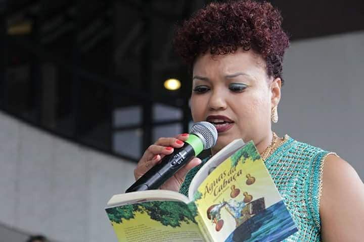 Elisandra Souza